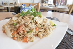 CRAB-MEAT FRIED RICE