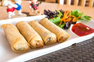 IMPERIAL THAI EGG ROLL